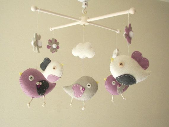 b b berceau mobile mobile oiseau feutre mobile p pini re. Black Bedroom Furniture Sets. Home Design Ideas