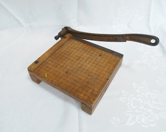 1940's Ingento #2 paper cutter