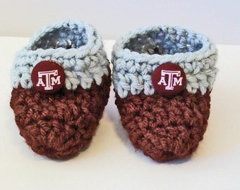 Adorable Hand Crocheted Baby Bootie Shoes Maroon and Gray Texas A and M Aggies Inspired Great Photo Prop Matching Hat & Bib Also