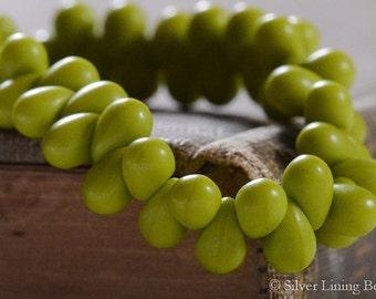 Baby Lime Drops (50) - Czech Glass Bead - 6mm - Drop