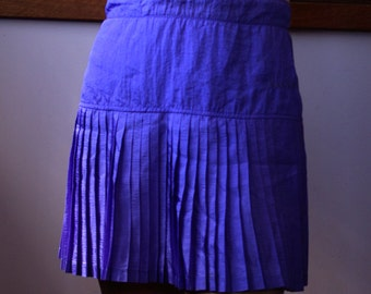 Vintage Diadora  violet purple polyester pleated sports skirt size 8 waist 70cm