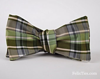 Silk Men's Bow Tie in Moss-Olive Green plaid / LIMITED EDITION / Groomsmen / Ringbearer