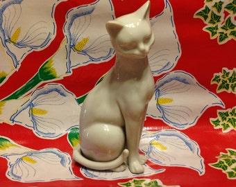 Vintage white ceramic Siamese cat figurine- Japan