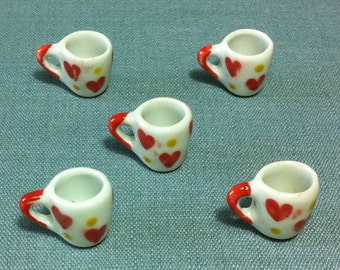 5 Cups Miniature Hand Painted Heart Mugs Mug Dish Ceramic Cup Small Coffee Tea Cup Dollhouse Display Decoration Supplies Jewelry Charms 1/12