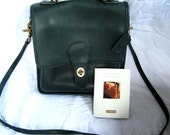 Free ship Coach Purse Willis Station 1990s Black Leather Shoulder Crossbody USA