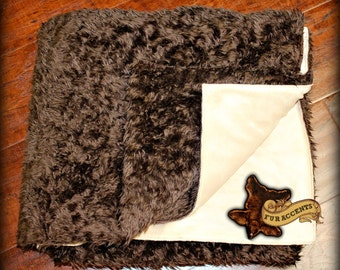 FUR ACCENTS Minky Cuddle Fur Throw Blanket /  Chocolate Brown and Tan