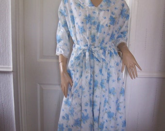 Authentic Vintage Beautiful Floral 1950's Dressing Gown/House Robe sz 10/12