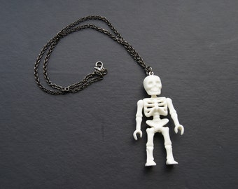 Awesome skeleton necklace that glows in the dark!