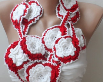 BIG ROSES crochet scarf, White red scarf, Lariat necklace scarf, Crochet scarf, crochet flower scarf, Lariat scarf, Roses scarf, Women scarf