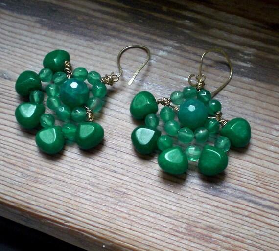 Emerald green chandelier earrings // emerald green by ...