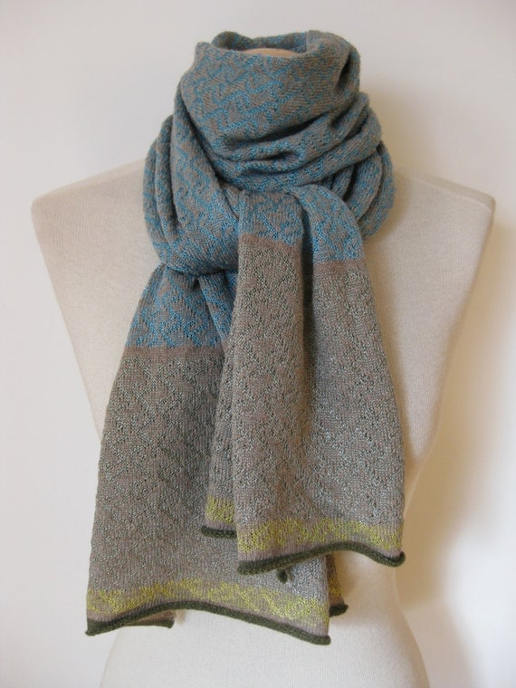 Handmade cashmere scarf/ knitted cashmere scarf/ cashmere