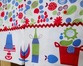 Pair of Dish Towels - Kitschy Mid Century Print with Rick Rack Trim