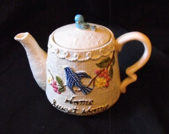 Vintage Bird Teapot