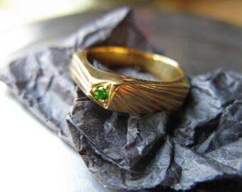 Five sided, Geometrical, handmade ring with semi precious stone
