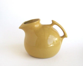 Shawnee Ball Jug   Yellow
