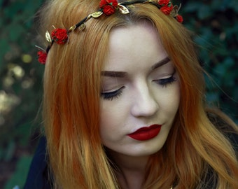 Red Rose Flower Crown, Red Flower Crown, Festival Crown, Festival Garland, Rose Crown, Festival Flower Crown, Hair Garland, Hair Wreath