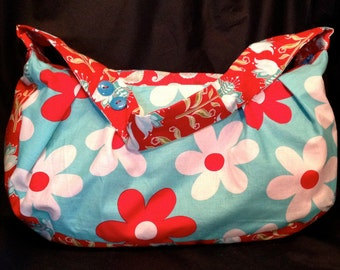 Retro patterned, multi coloured pleated shoulder purse.  Zippered top closure.