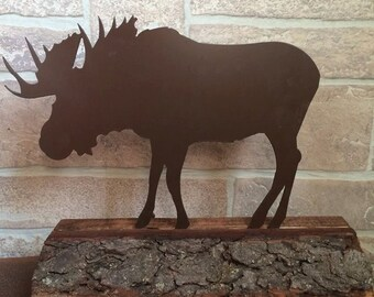 Metal Moose set in a Wood base - Home Decor - Table decoration - Indoor/Outdoor Decore