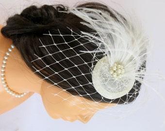 Ivory bridal fascinator, bridal hairpiece, bridal hair flower, wedding head piece, feather fascinator, bridal hair accessory