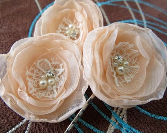 Peach wedding bridal flower hair accessory (3 pcs), bridal hairpiece, bridal hair flower, wedding accessories, head piece, READY TO SHIP