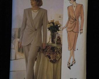 Vogue Pattern  8669 The Vogue Woman