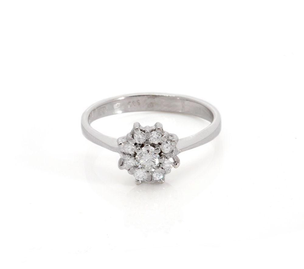 Vintage engagement ring setting engagement ring graduation