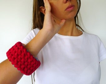 Knit bracelet. Hand made summer cuff in red and turquoise. Cotton bracelet. Summer bracelet. Knit cuff. Wrist cuff. Womens cuff. KEENbyAM