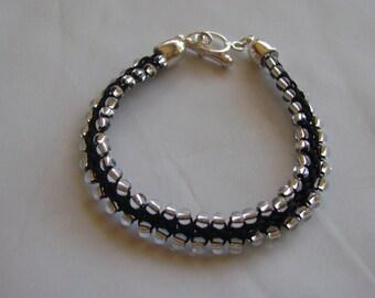 Simple Kumihimo Bracelet