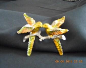 vintage lovebirds pin