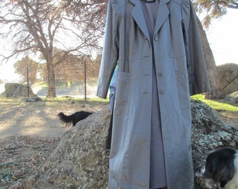 Avanti Grey Leather Coat  - Coats -  Fully lined- Beautiful - Size 12 - Medium