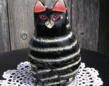 Vintage Cat Box Sudha India Hand Painted Papier Paper Mache Cat Trinket Jewelry Stash Box