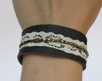 SALE - 50% - Brown Leather bracelet with lace and miyuki cubes