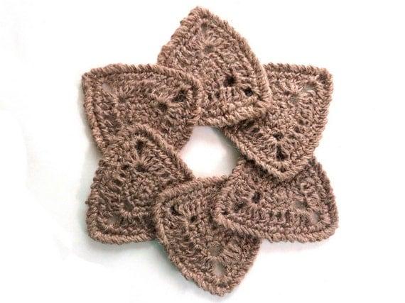 Handmade crochet rustic triangle coaster set of 4 or 6 natural hemp eco-friendly earth friendly