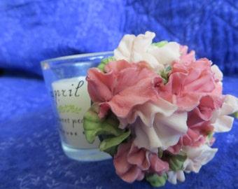 Floral candel holder