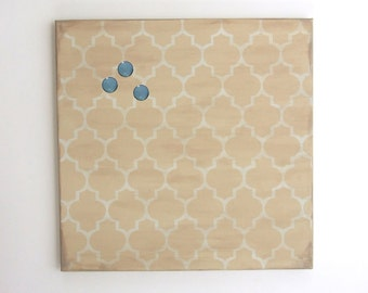 decorative magnetic memo board with 3 1 inch glass magnets. Black Bedroom Furniture Sets. Home Design Ideas