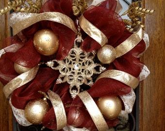 Winter Wreath, Burgundy Deco Mesh Wreath, Burgundy & Gold Wreath, Deco Mesh Wreath, Christmas Wreath, Holiday Wreath