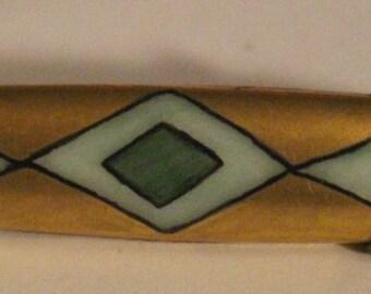 Vintage Gold Leaf Enamel Brooch Pin