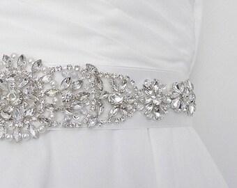 Bridal sash belt, wedding sash, bridal belt with rhinestones and pearls.