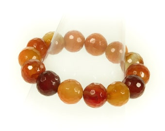 Faceted Agate Gemstone Stretch Bracelet.