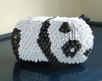 Triangle Paper Origami: Panda