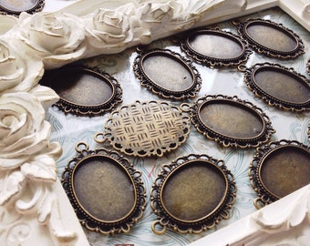 Vintage Style Bronze Tone Lace Oval Cameo Setting Cabochon Tray Inner Size 25*18mm