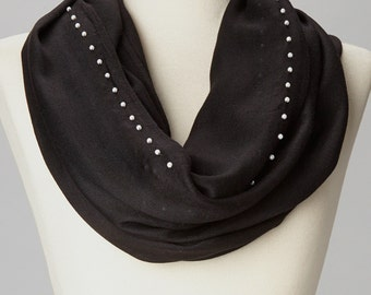 Black Pearl Accent Infinity Scarf