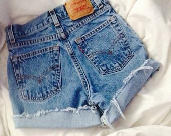 Levi brand high waisted shorts mid wash
