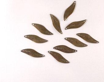 10pcs Filigree Leaf Connectors, Charm, Pendant, Antique Bronze Tone, 35x18mm, CON.2006