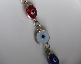 VIntage Glass Evil Eye Bracelet in a Silver Tone Setting