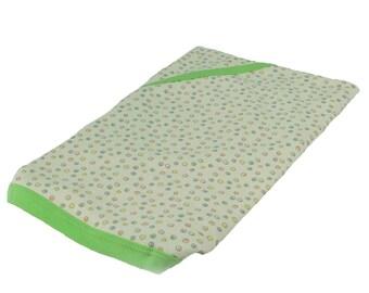 SALE - Snug toes cream dotty baby blanket