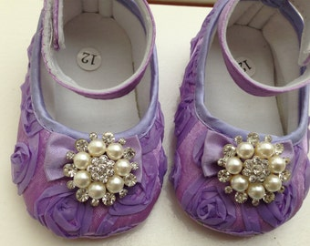 Purple/ lavender baby rosette satin shoes--purple crib shoes--newborn rosette shoes