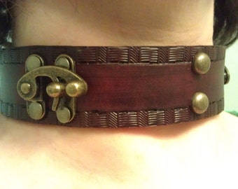 Womens Genuine Leather STEAMPUNK BDSM SLAVE Collar With Swing Bag Clasps