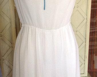 1980s vintage White Spring/Summer Dress
