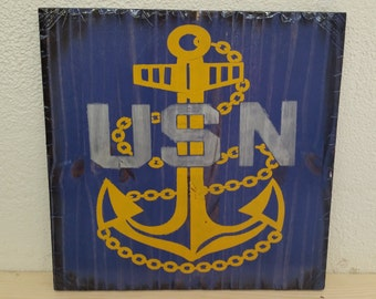 "16""x16"" Wooden Rustic-Style Navy Sign"